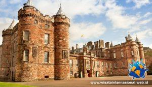 Wisata Holyrood Palace